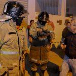 Prefeitura e Defesa Civil avaliam os danos ao galpão que sofreu incêndio no Jardim Íris