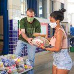 Educação – Meriti entrega kit alimentação para estudantes da rede municipal